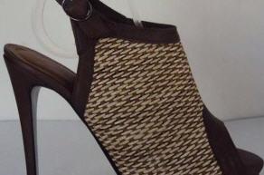 Comprar Calzado femenino de cuero