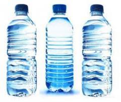 Botellas de plástico varias