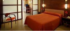 Habitaciones en el hotel: cuartos para cuatro