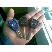 Fabricación de llaves para automoviles